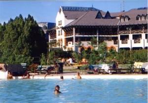 Kuren in Ungarn: Blick auf das Hunguest Hotel Flóra in Eger