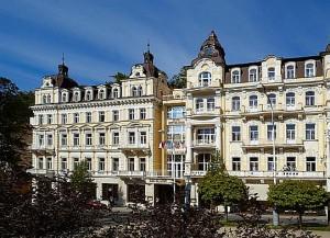 Kuren in Tschechien: Außenansicht vom Hotel Excelsior in Marienbad Marianske Lázne
