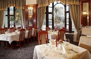 Kuren in Tschechien: Restaurant vom Hotel Excelsior in Marienbad Marianske Lázne