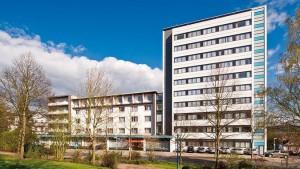 Kuren in Deutschland: Außenansicht vom Gesundheitszentrum Helenenquelle in Bad Wildungen
