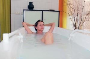 Kuren in Deutschland: Wannenbad im Medical-Wellness-Zentrum in der Klinik am Haussee