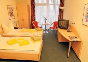 Kuren in Deutschland: weiteres Zimmeransicht im Medical-Wellness-Zentrum in der Klinik am Haussee