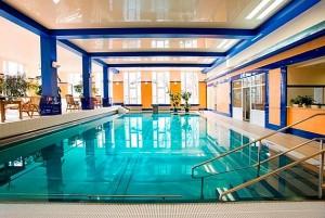 Kuren in Tschechien: Schwimmbad im Hotel Imperial in Karlsbad Karlovy Vary