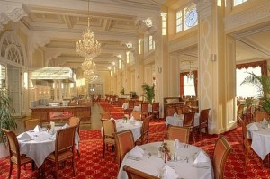 Kuren in Tschechien: Speiserestaurant im Hotel Imperial in Karlsbad Karlovy Vary