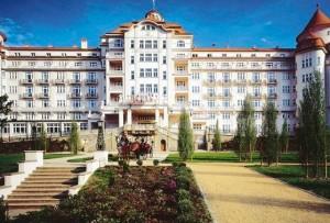 Kuren in Tschechien: Weitere Ansicht vom Hotel Imperial in Karlsbad Karlovy Vary