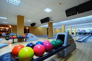 Kuren in Polen: Bowling im Wellnesshotel Sandra SPA Karpacz in Krummhübel