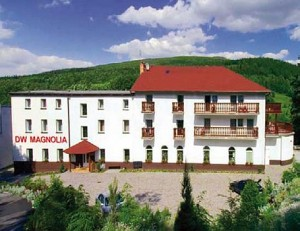 Kuren in Polen: Außenansicht des Hotel Magnolia 2 in Bad Flinsberg Swieradów Zdrój