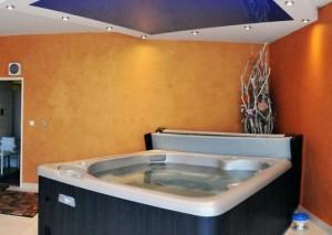 Kuren in der Slowakei: Whirlpool im Kurhotel Maj in Piestany Pistyan