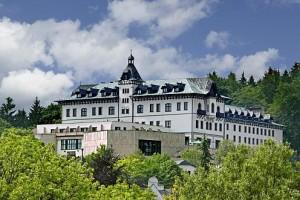 Kuren in Tschechien: Blick auf das Hotel Monty in Marienbad Mariánske Lázne