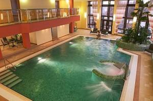 Kuren in Tschechien: Schwimmbad im Hotel Monty in Marienbad Mariánske Lázne