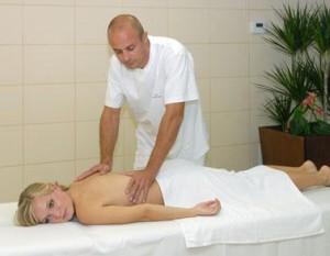 Kuren in der Slowakei: Klassische Massage im Hotel Park in Piestany Pistyan