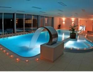 Kuren in der Slowakei: Schwimmbad im Hotel Park in Piestany Pistyan