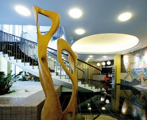 Kuren in der Slowakei: Lobby des Kurhaus Pax in Trencianske Teplice