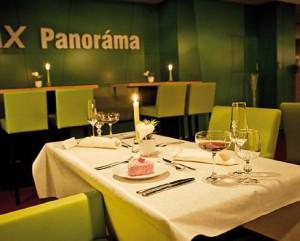Kuren in der Slowakei: Panoramarestaurant im Kurhaus Pax in Trencianske Teplice