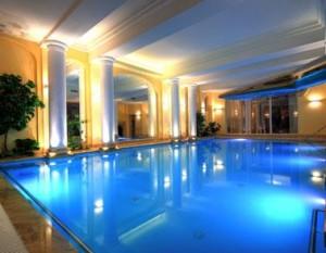 Kuren in Polen: Schwimmbad im Hotel Polaris 2 in Swinemünde Swinoujscie