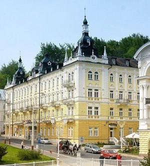 Kuren in Tschechien: Kuren in Tschechien: Blick auf das Hotel Reitenberger in Marienbad Marianske Lazne