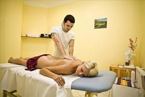 Kuren in Tschechien: Massageraum im Hotel Reitenberger in Marienbad Marianske Lazne