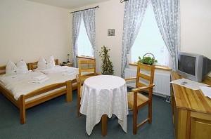 Kuren in Polen: Wohnbeispiel im Hotel Swieradow in Bad Flinsberg Swieradów Zdrój Isergebirge