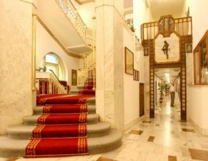 Kuren in der Slowakei: Lobby im Thermia Palace Ensana Health Spa Hotel in Piestany Pistyan