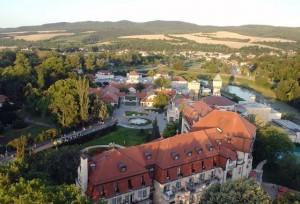 Kuren in der Slowakei: Gelände des Thermia Palace Ensana Health Spa Hotel in Piestany Pistyan