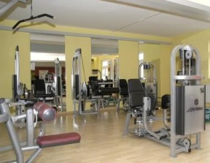 Kuren in Deutschland: Fitnesscenter im Dr. Wüsthofen Gesundheits-Resort in Bad Salzschlirf