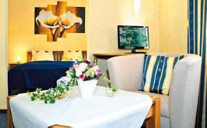 Kuren in Deutschland: Zimmerbeispiel im Dr. Wüsthofen Gesundheits-Resort in Bad Salzschlirf