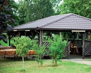 Kuren in Polen: Auf dem Gelände des Kurhotel Wolin in Misdroy Miedzyzdroje Ostsee